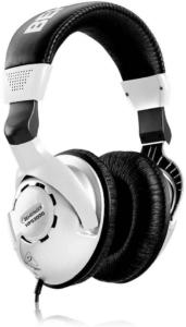 Behringer HPS3000 Studio Headphones 1