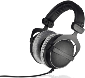 Beyerdynamic DT 770 Pro - top closed back headphones 1