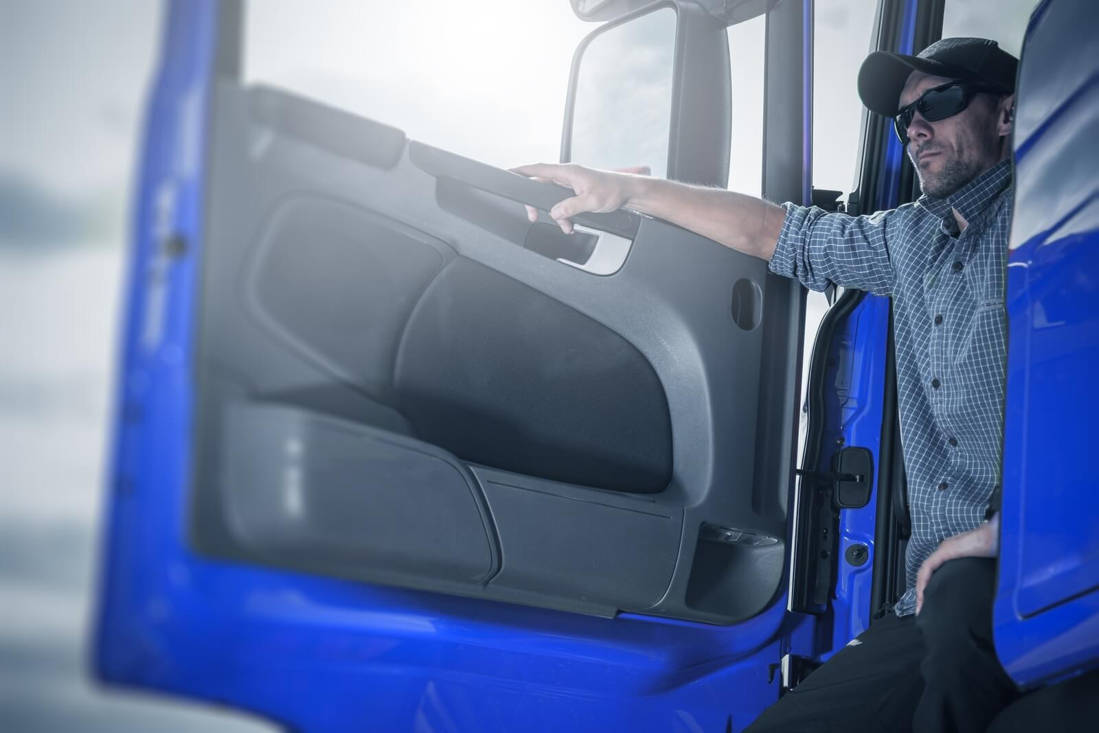 The 9 Best Bluetooth Headset For Truckers Reviewed